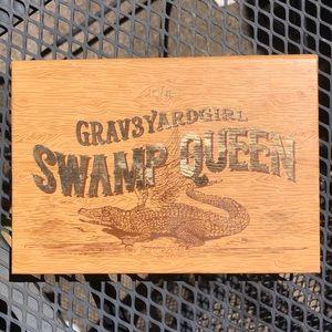 tarte x grav3yardgirl Swamp Queen palette